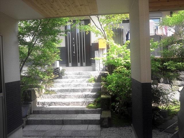 http://www.oniwanotakumi.com/takumi/ishibashiri5.jpg